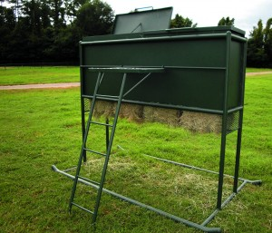 Outback Multi-Bale Hay Feeder